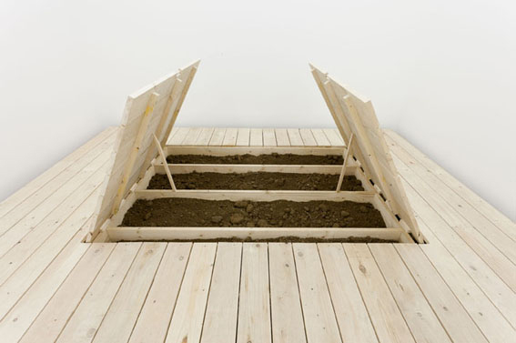 Davide Balula, The Buried Works, Installation view, galerie frank elbaz, Paris