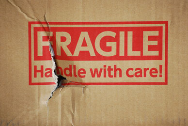 FRAGILE Handle with care!