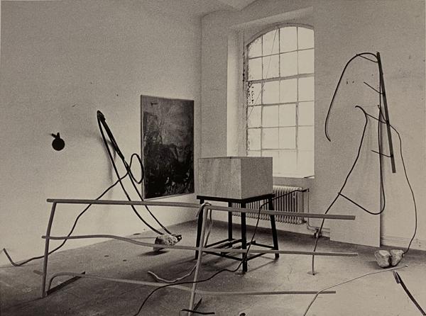 Imi Knoebel: Eigentum Himmelreich, 1993 | Studio Heerstraße, Düßeldorf, 1983